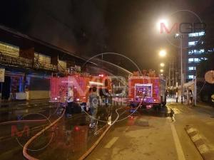 สุดระทึก! ไฟไหม้ห้องเช่าติด รพ.-ชุมชนแม่สอด ทนายความหนุ่มลุยฝ่ากองเพลิงหนีตายหวุดหวิด