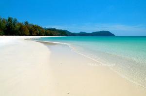 อ่าวพันเตมะละกา หาดสวยน้ำใส ทรายละเอียดยิบ
