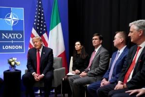 คลิปหลุด!พวกผู้นำโลกตั้งวงนินทาทรัมป์กลางเวทีนาโต ผู้นำสหรัฐฯโมโหตอกกลับ'นายกฯแคนาดา'พวก2หน้า