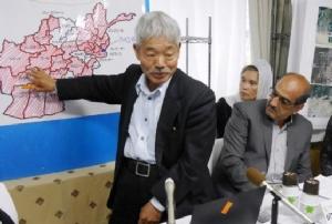 """ญี่ปุ่นอาลัย """"หมอผู้คืนชีวิตให้อัฟกานิสถาน"""" ถูกกลุ่มติดอาวุธยิงดับ (ชมคลิป)"""