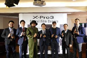 ฟูจิฟิล์มรุกตลาดกล้องมืออาชีพ
