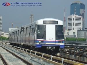 """นั่งรถไฟฟ้าฟรี! 12 ธ.ค. """"MRT น้ำเงิน-ม่วง"""" พร้อมที่จอดรถอีก 18 แห่ง"""