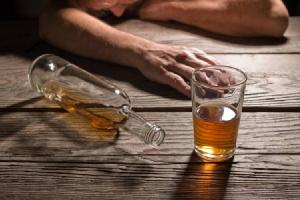 แพทย์เตือน! ดื่มสุราคลายหนาว ความเชื่อผิดๆ อาจเร่งให้ตายเร็วขึ้น