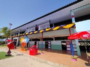 บ.ไปรษณีย์ไทยมอบอุปกรณ์การศึกษา ร.ร.บ้านเชียงแหว