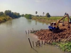ชาวบ้านราชสาส์น จ.ฉะเชิงเทรา จี้หน่วยงานเกี่ยวข้องแก้ปัญหาน้ำเค็มทะลักลำน้ำบางปะกง