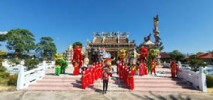 ชาวคลองใหญ่ร่วมทำความสะอาด ปรับปรุงภูมิทัศน์ศาลเจ้าแม่ทับทิมรับเทศกาลปีใหม่