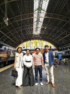 สืบสานเสน่ห์การเดินทางแสนคลาสสิกของไทย บนรถไฟขบวนเกียรติยศ