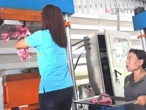 """เปิดตัวผลิตภัณฑ์พะยูน """"Amazing Dugong"""" อุปกรณ์ช่วยซักผ้า-แก้อาการนิ้วล็อก"""
