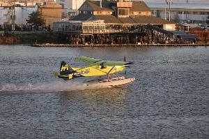 เครื่องบินแบบ seaplane ขนาด 6 ที่นั่งซึ่งใช้พลังงานไฟฟ้าล้วนของ Harbour Air