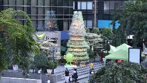 AISส่งเสริมการกำจัดE-Wasteผ่านต้นคริสต์มาสทำจากขยะอิเล็กทรอนิกส์