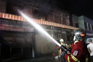 สลด! เพลิงไหม้ร้านขายของชำ ป้าเจ้าของร้านวัย 72 ปี ถูกไฟคลอกดับอนาถ