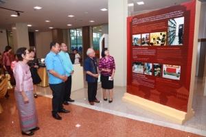 นักวิจัยไต้หวันมอบหนังสือประวัติศาสตร์-โบราณคดีเกือบ 3500 เล่มให้ไทย