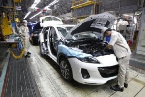 แย่แล้ว!!พิษเงินบาทแข็งค่า กังวลค่ายรถแห่ย้ายฐานการผลิตหนีไทยตามรอย'มาสด้า'