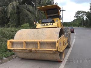 กรมทางหลวงชนบทนำเครื่องจักรกลเข้าซ่อมถนนสายบ้านควนกบ-บ้านทุ่งเลียบแล้ว