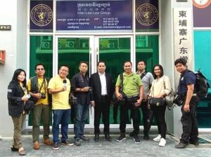 """ดร.แซม แคมโบเดีย ที่ปรึกษานายกรัฐมนตรีกัมพูชาและรัฐมนตรีช่วยกระทรวงการท่องเที่ยวเชิญสื่อไทย """"ชมรมสื่อสร้างสรรค์เพื่อการท่องเที่ยว"""" เยือนอุตสาหกรรมท่องเที่ยวเชื่อมโยงไทย-กัมพูชา"""