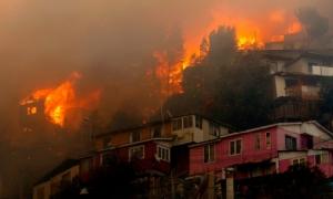 เพลิงไหม้บ้านเรือนในชิลีวอดวายไปกว่า 120 หลัง