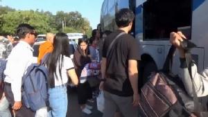 สถานีขนส่งเมืองอุบลประชาชน-นักท่องเที่ยวเริ่มเดินทางคึกคัก