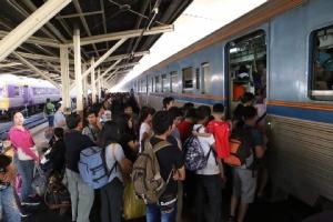 รถไฟฯ คาดวันนี้(29 ธ ค.) มีผู้โดยสาร 9 หมื่นคน
