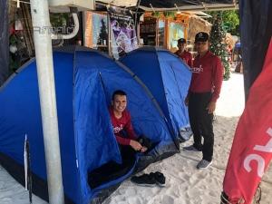 ทุ่มสุดตัว! ตร.น้ำสตูลกางเต็นท์อยู่กินนอนริมชายหาด ช่วยดูแลนักท่องเที่ยวช่วงปีใหม่