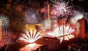"""Amazing Thailand Countdown 2020"" ณ ไอคอนสยาม กับพลุ 20,000 ดอก"