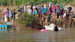 ดิ้นรนทุกทาง! ชาวนาปากน้ำโพเจาะบาดาลกลางอ่าง-คนสุโขทัยรวมตัวกั้นน้ำยมสู้แล้งวิกฤต