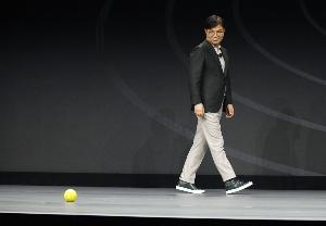 Ballie หุ่นยนต์เพื่อนกลิ้งได้จาก Samsung