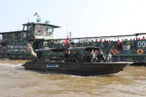 เต็มพิกัด! ไทย-ลาวส่งกองเรือคุมเข้มสกัดยานรกสามเหลี่ยมทองคำ