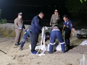 พบศพสาวนิรนามถูกฆ่ามัดมือมัดเท้ายัดใส่กระเป๋าเดินทางริมชายทะเลบางพระ