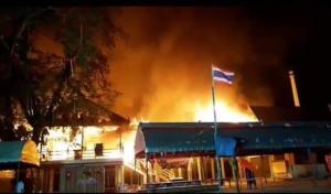 ไฟไหม้ศาลาการเปรียญวัดวอดหมดหลัง ค่าเสียหายนับ 10 ล้านบาท