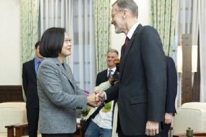 'จีน'ยัวะ'สหรัฐฯ-ญี่ปุ่น-อังกฤษ' แสดงความยินดีที่ 'ไช่' ชนะเลือกตั้งไต้หวัน ระบุ'ละเมิดหลักการจีนเดียว'