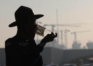 ฝุ่นละออง PM 2.5 เพิ่มขึ้นจากวานนี้ พบเกินมาตรฐาน 7 พื้นที่ เริ่มมีผลกระทบต่อสุขภาพ