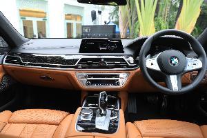 BMW เปิดตัว ซีรี่ส์ 7 ใหม่ มากับ 2 รุ่น 745Le 6,439,000 บาท และ 730Ld ราคา6,139,000บาท