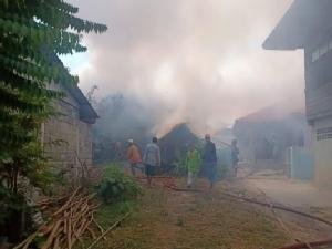 ลูกเทวดาฉุนขอเงินแม่ไม่ได้จุดไฟเผาบ้านวอดทั้งหลัง