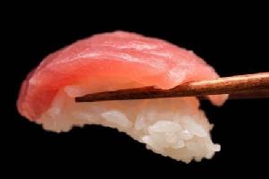 ทำไมคนญีปุ่นคลั่งปลาทูน่า ซูชิคำละ 2 หมื่นบาท!!?