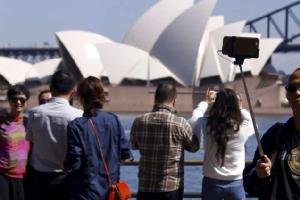 """<b><Font color = blue>In Clip: </font></b>แคนเบอร์ราให้เงินช่วยเหลือ """"อุตสาหกรรมท่องเที่ยวออสเตรเลีย"""" 76 ล้านดอลลาร์ออสซี หลังโดนผลกระทบไฟป่า"""