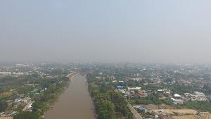 ลด PM 2.5 ได้ชะงัด! นศ.สารพัดช่างพิษณุโลกประดิษฐ์เครื่องพ่นละอองน้ำสูง 8 ม.สกัดฝุ่นพิษ