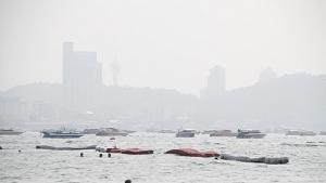 (ชมคลิป) เมืองพัทยาเตือน! ฝุ่นพิษสูงเกินมาตรฐานอีกแล้ว เตรียมพร้อมรับมือ