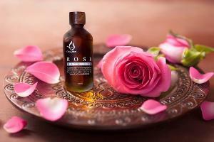 'Floral Bliss' ทรีตเมนต์ปรนเปรอผิวสวย กรุ่นกลิ่นหอมเย้ายวนของมวลบุปผชาติ