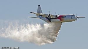 "In Clip: C 130 เฮอร์คิวลิส ""ดับเพลิงทางอากาศแคนาดา"" ตกระหว่างดับไฟป่าในออสเตรเลีย อเมริกันดับ 3"