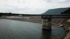 แล้งทวีรุนแรง! น้ำเขื่อนใหญ่โคราชลดฮวบเหลือใช้แค่ 28% 3 รพ.จ่อขาดน้ำ จังหวัดฯ เร่งช่วย