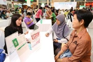 """สร้างสรรค์สังคมสูงวัย! หอการค้าไทยจับมือกระทรวงแรงงาน จัด """"60+ Job Fair"""" เปิดโอกาสผู้สูงอายุสร้างคุณค่า-ความภาคภูมิ"""