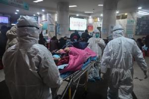ยอดติดเชื้อไวรัสโคโรนาในจีนพุ่ง 5,974 ตาย 132 ขณะที่สหรัฐฯ เล็งระงับเที่ยวบิน