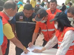 หน่วยงานท้องถิ่นใน จ.ปราจีนบุรี ยังควบคุมเพลิงไหม้บ่อขยะเนื้อที่กว่า 30 ไร่ ไม่ได้ทั้งหมด