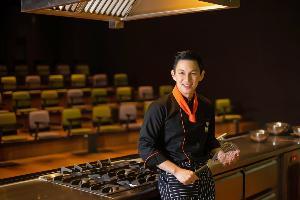 แมกซ์-นันทวัฒน์ แชมป์ Master Chef Thailand กับหมวกอีกใบในฐานะอาจารย์ ม.กรุงเทพ