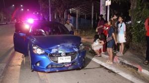 กวางใครหลุดคอกกระโดดข้ามถนนถูกรถชนตาย