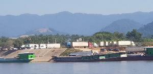 เรือสินค้าตกค้างอื้อ ! ชายแดนลุ่มน้ำโขงหยุดชะงักการค้า-ท่องเที่ยวตายสนิทจีนเข้มด่านแก้ไวรัสโคโรนา