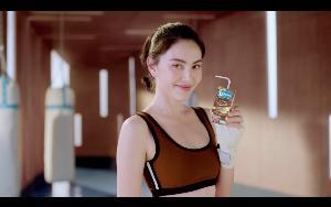 """เปิดไอเดียโฆษณา """"แลคตาซอย โกลด์ซีรีย์ 4 รสชาติ"""""""