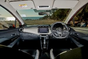 Nissan Almera 1.0Turbo เบาสมราคา คุ้มค่าคือคำตอบ