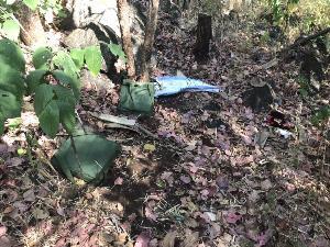 หลังปะทะเดือด พบคาราวานติดอาวุธทิ้งยานรก 30 เป้เกลื่อนชายแดนเชียงดาว