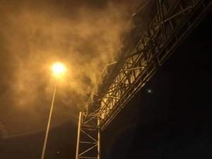 """ทช.ลุยแก้ฝุ่น PM 2.5 ติดเครื่องปล่อยละอองน้ำ """"สะพานมหาเจษฎาบดินทรานุสรณ์"""""""
